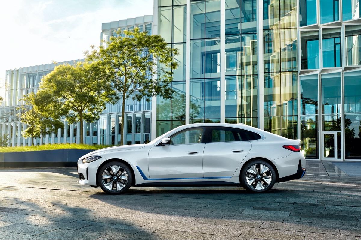 Cамый драйверский электромобиль BMW в истории