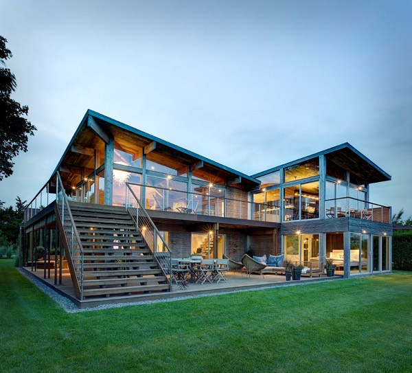 Far Pond Residence