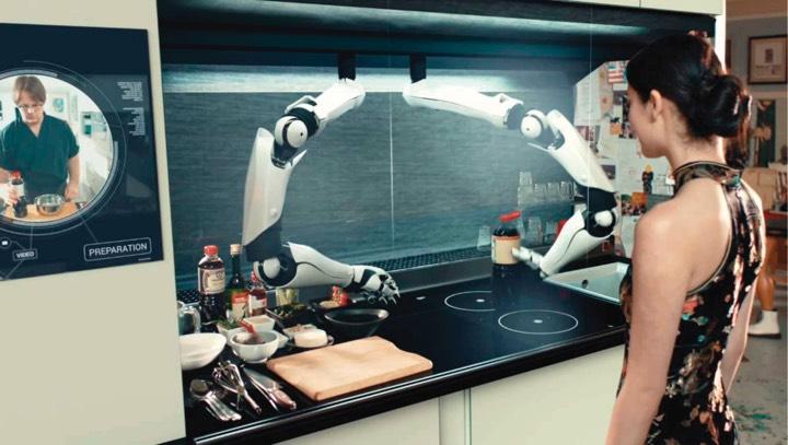 Двурукий робот-повар заменит хозяйку на кухне