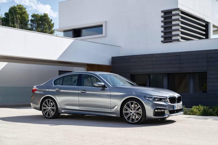 BMW 5 Серии VII поколения