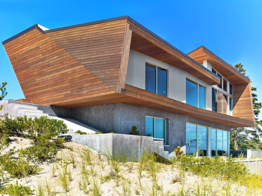 Интересный современный дом на мысе Cape-Cod