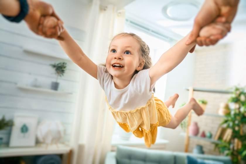 6 ленивых игр с детьми для уставших родителей