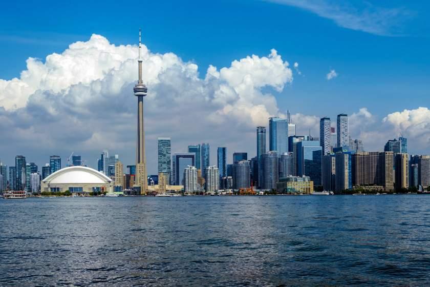Коронавирус вынуждает Банк Канады снизить ставки